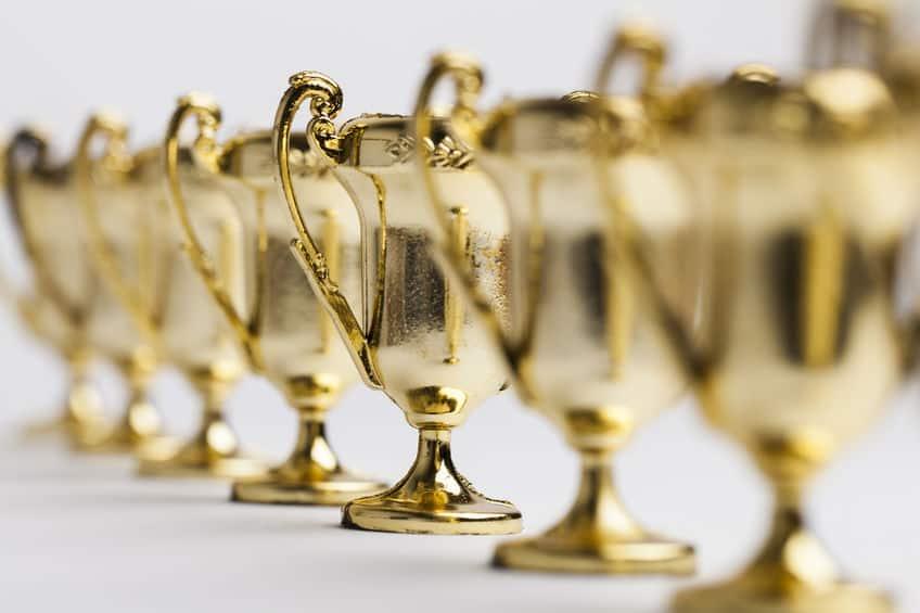 gold mini trophies